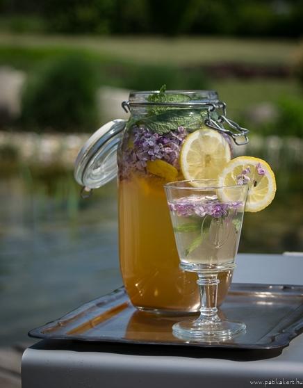 Limonádék, virágok hozzáadásával - egyszerű és finom :-)